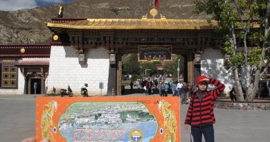 西藏旅遊 – Day 6 藥王山 羅布林卡 色拉寺 家訪